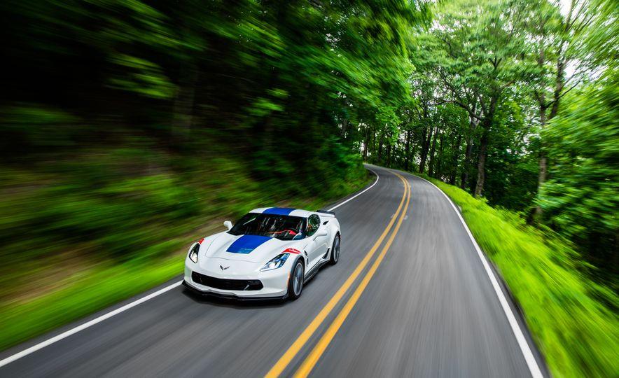 2017 Chevrolet Corvette Grand Sport - Slide 40