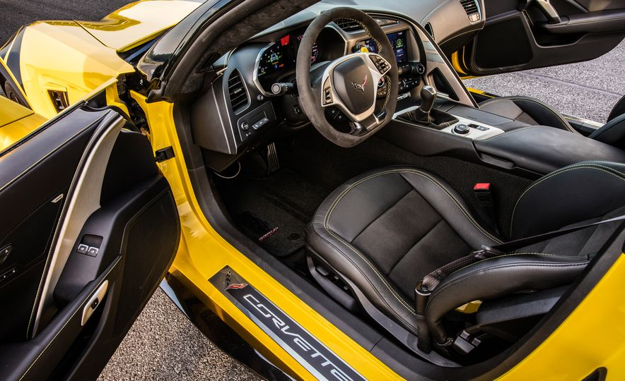 2017 Chevrolet Corvette Grand Sport - Slide 63