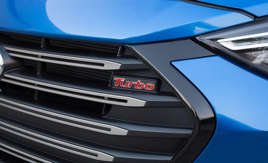 2017 Hyundai Elantra Sport - Slide 7