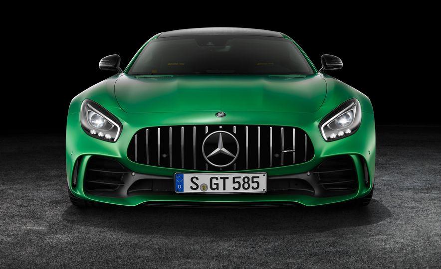 2017 Mercedes-AMG GT R - Slide 20