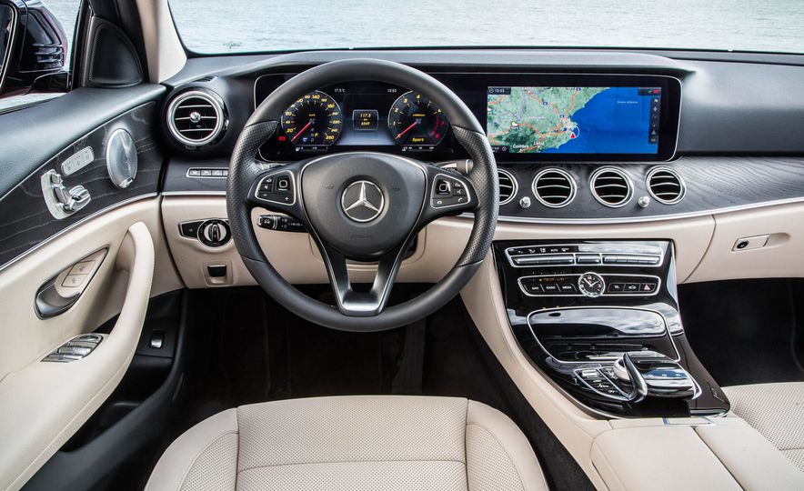 2017 Mercedes-Benz E300 - Slide 33