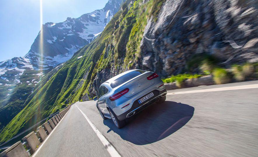 2017 Mercedes-Benz GLC300 4MATIC coupe - Slide 5