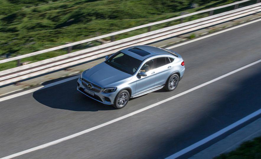2017 Mercedes-Benz GLC300 4MATIC coupe - Slide 6