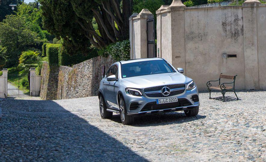 2017 Mercedes-Benz GLC300 4MATIC coupe - Slide 7