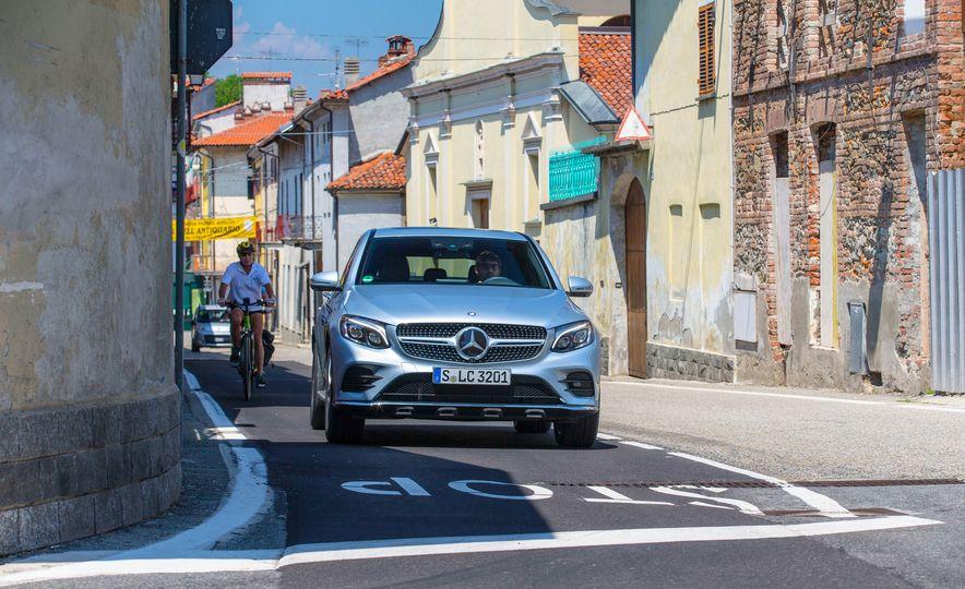 2017 Mercedes-Benz GLC300 4MATIC coupe - Slide 11