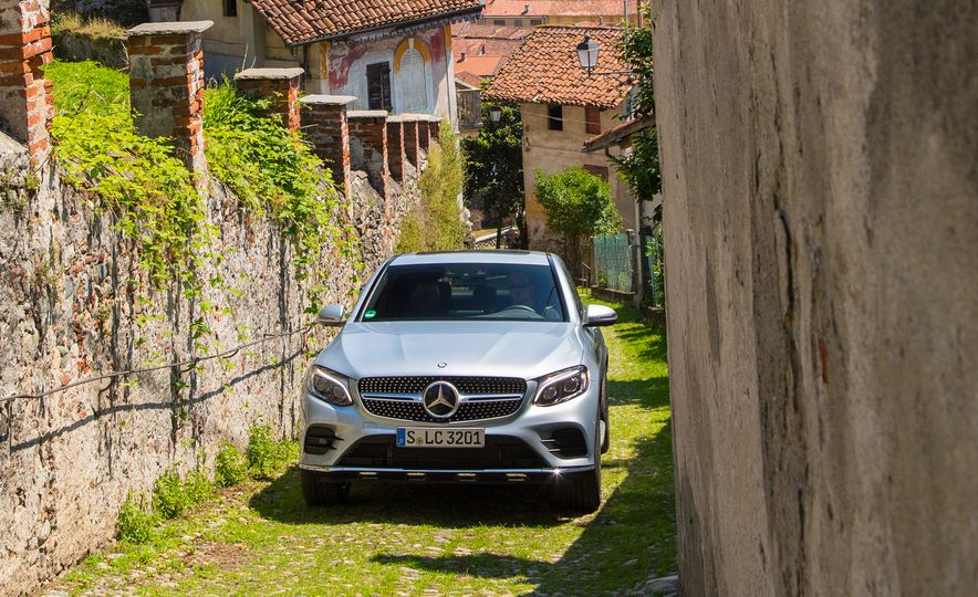 2017 Mercedes-Benz GLC300 4MATIC coupe - Slide 13