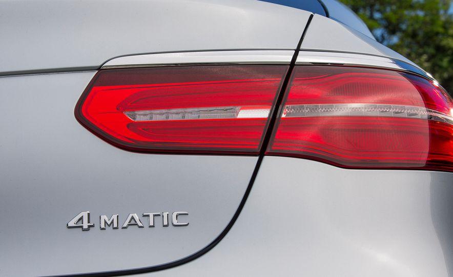 2017 Mercedes-Benz GLC300 4MATIC coupe - Slide 21