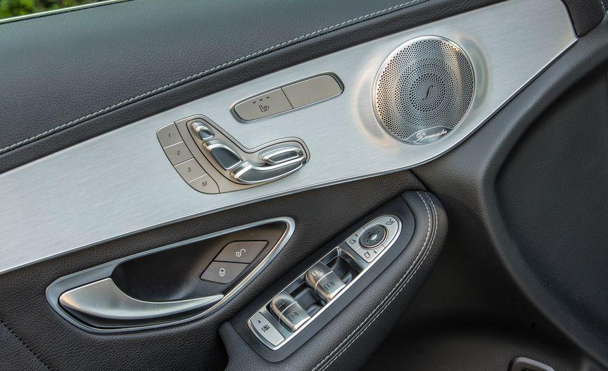 2017 Mercedes-Benz GLC300 4MATIC coupe - Slide 29