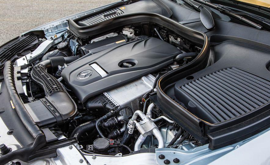 2017 Mercedes-Benz GLC300 4MATIC coupe - Slide 35