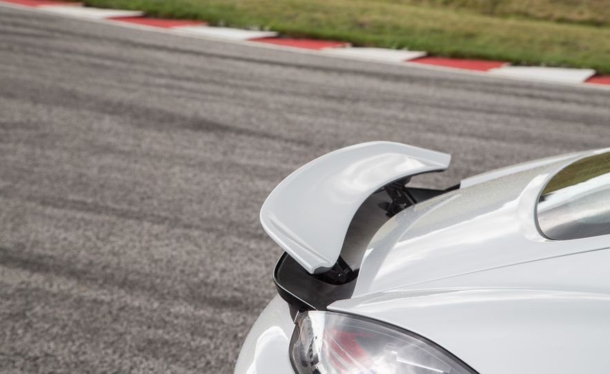 2017 Porsche 718 Cayman - Slide 19