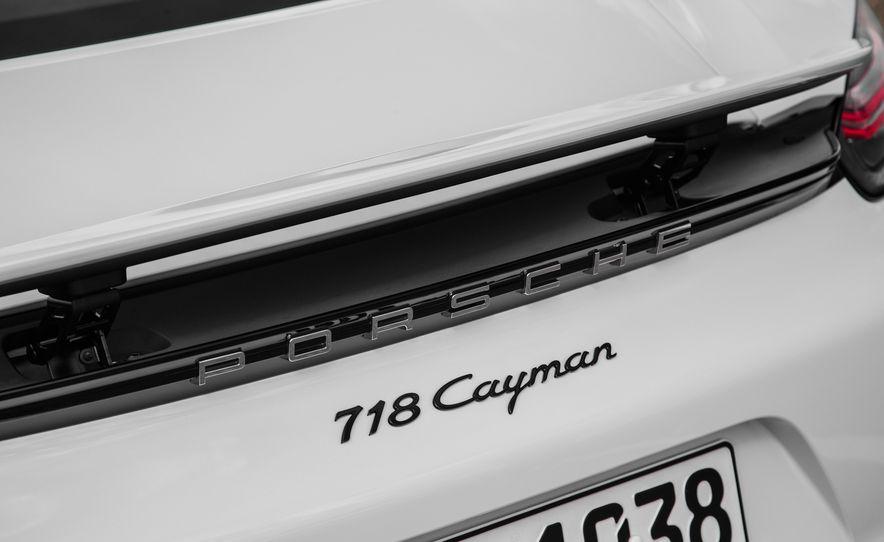 2017 Porsche 718 Cayman - Slide 20