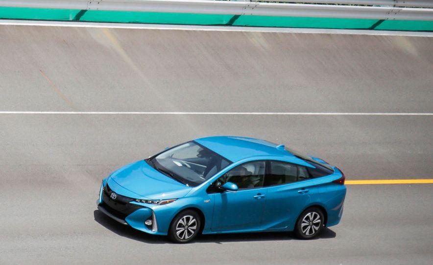 2017 Toyota Prius Prime plug-in hybrid - Slide 2