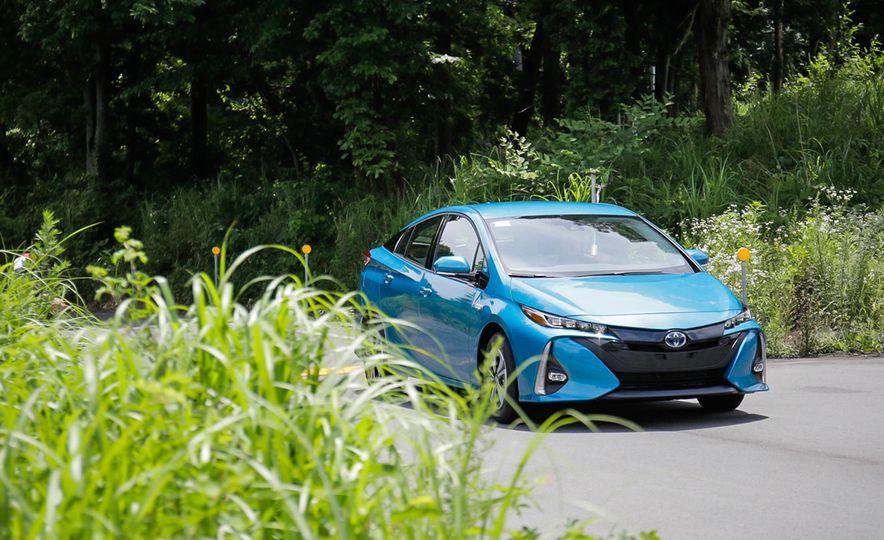 2017 Toyota Prius Prime plug-in hybrid - Slide 3