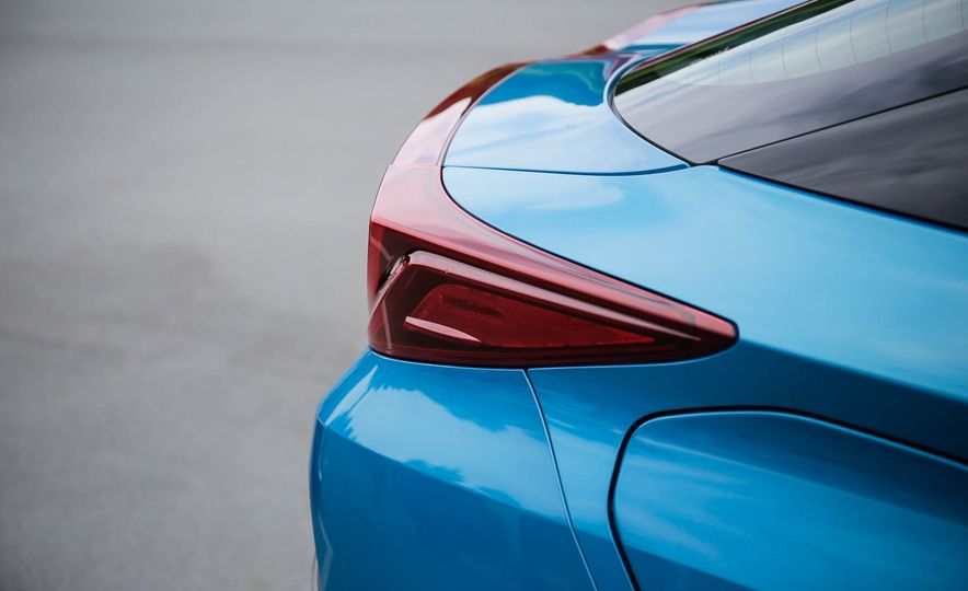 2017 Toyota Prius Prime plug-in hybrid - Slide 10