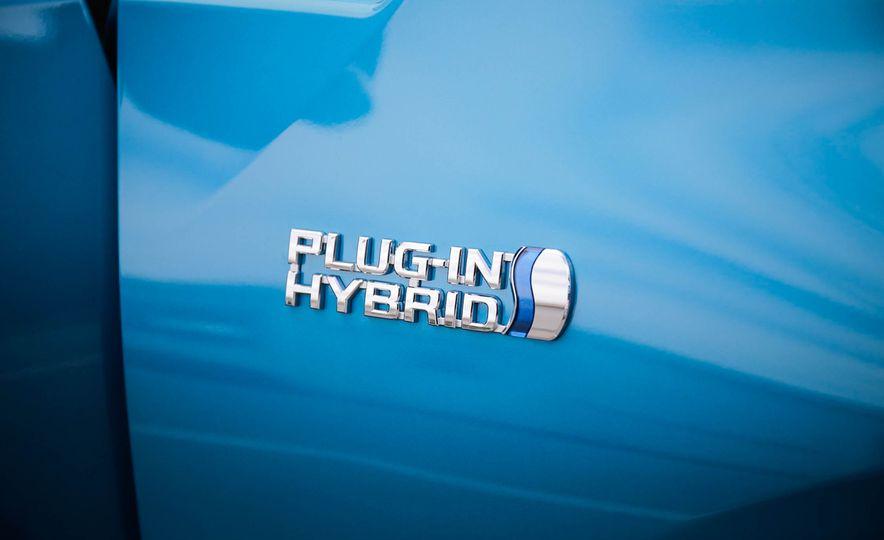 2017 Toyota Prius Prime plug-in hybrid - Slide 11