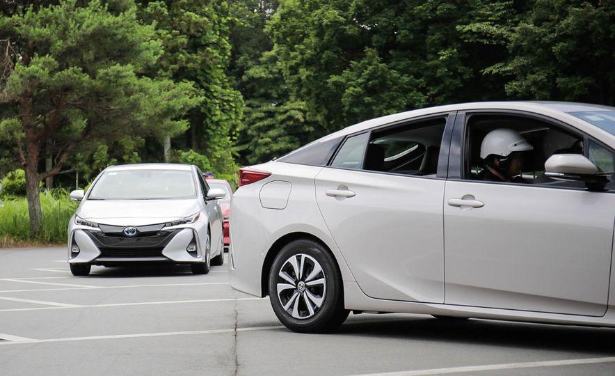 2017 Toyota Prius Prime plug-in hybrid - Slide 18