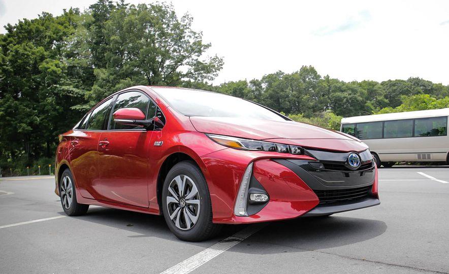 2017 Toyota Prius Prime plug-in hybrid - Slide 20