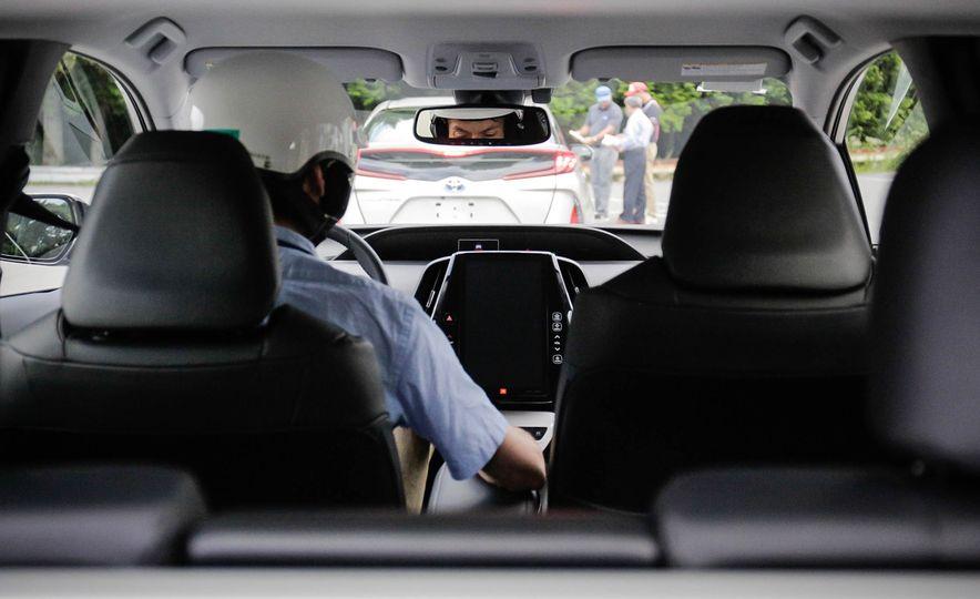 2017 Toyota Prius Prime plug-in hybrid - Slide 21