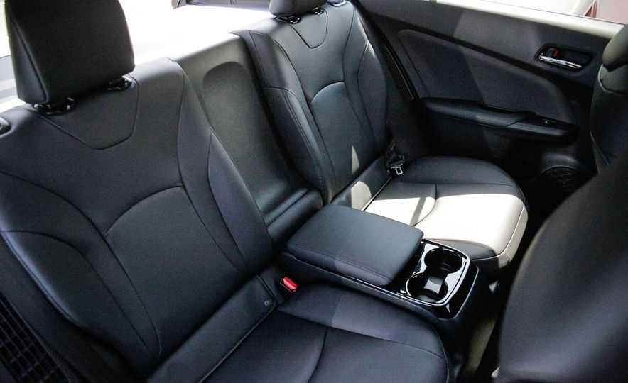 2017 Toyota Prius Prime plug-in hybrid - Slide 22