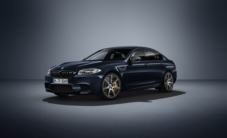 BMW M5 Competition Edition - Slide 1