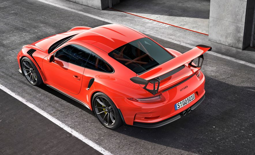 Porsche 911 GT3 RS Tech Dive: Why It's the Best 911 of Them All - Slide 30