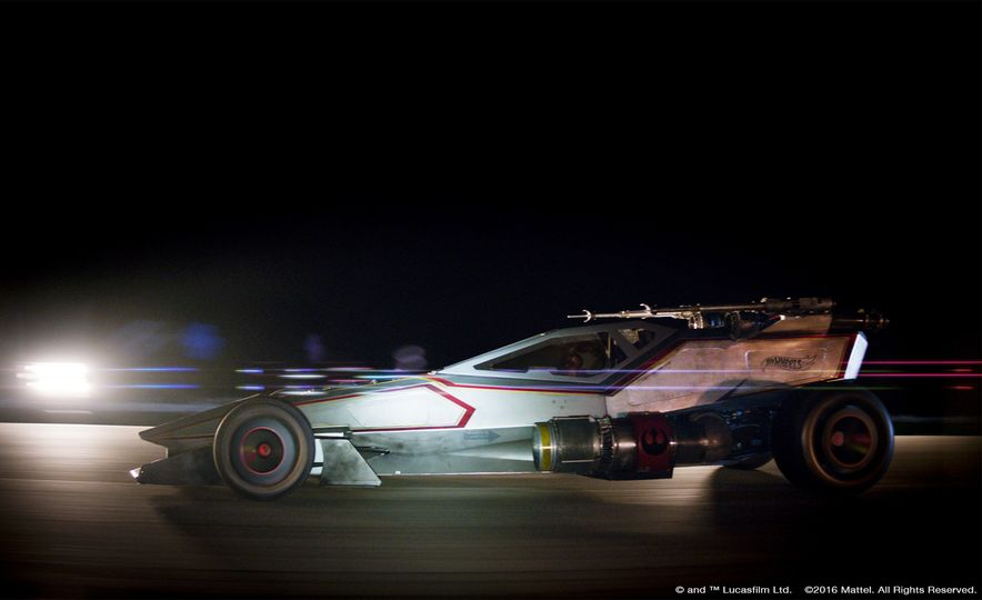 10 Awesome Things about Hot Wheels' Life-Size, 160-mph Star Wars X-Wing Carship - Slide 5
