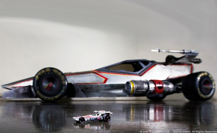 10 Awesome Things about Hot Wheels' Life-Size, 160-mph Star Wars X-Wing Carship - Slide 11