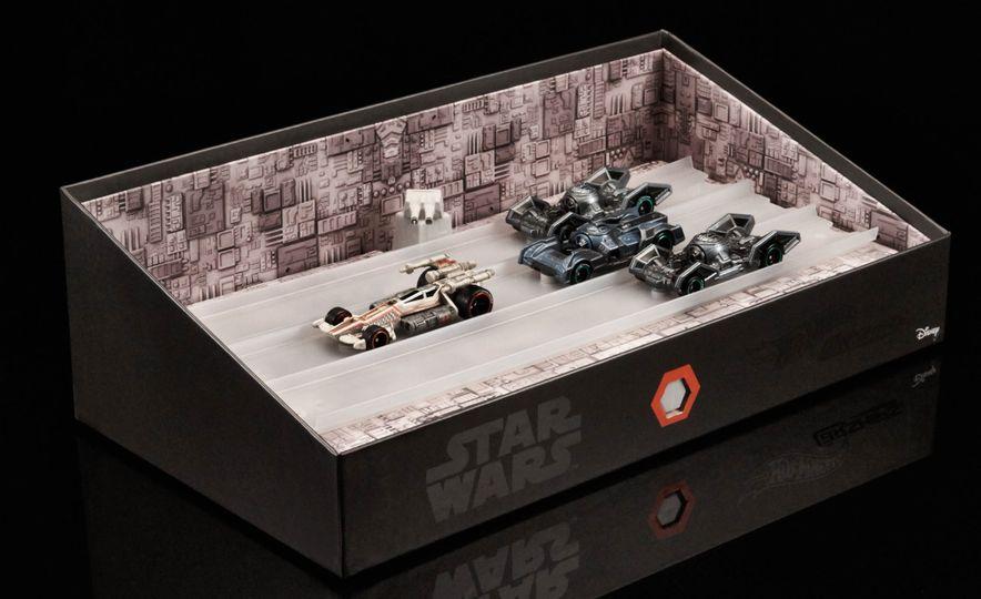 Star Wars Hot Wheels Carships - Slide 3