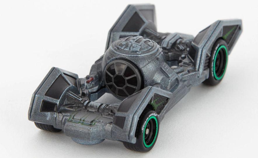 Star Wars Hot Wheels Carships - Slide 8