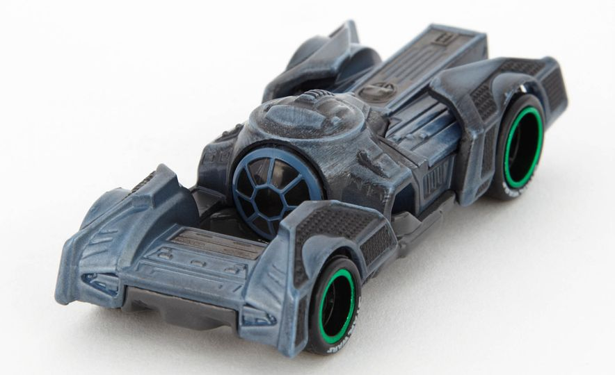 Star Wars Hot Wheels Carships - Slide 9