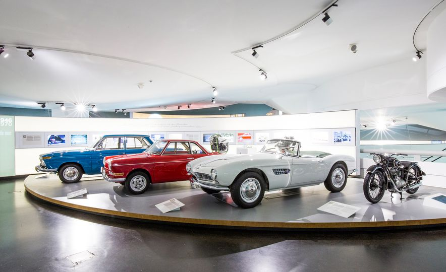 Munich Masterpieces: 18 Highlights from the BMW Museum - Slide 8