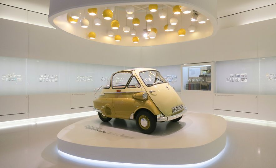 Munich Masterpieces: 18 Highlights from the BMW Museum - Slide 9