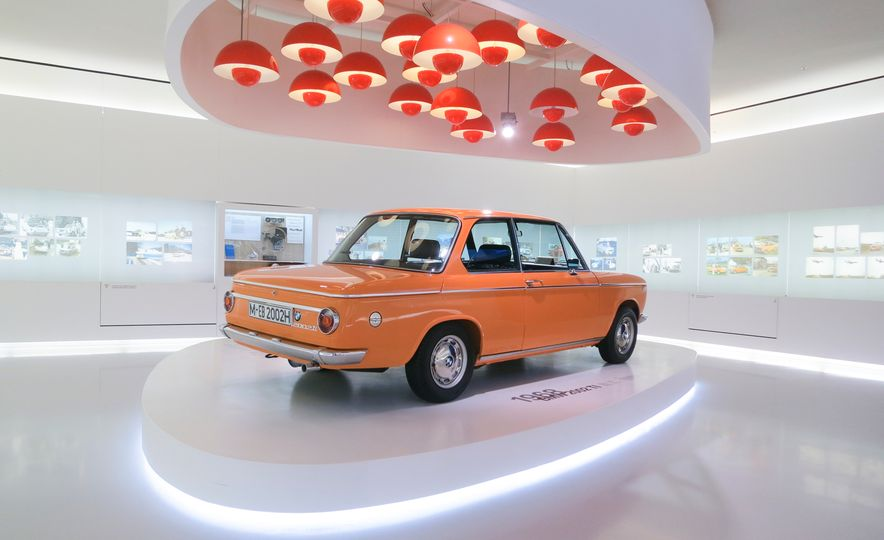 Munich Masterpieces: 18 Highlights from the BMW Museum - Slide 11
