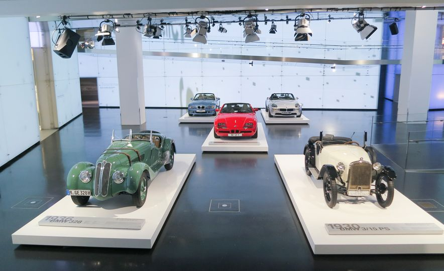 Munich Masterpieces: 18 Highlights from the BMW Museum - Slide 19
