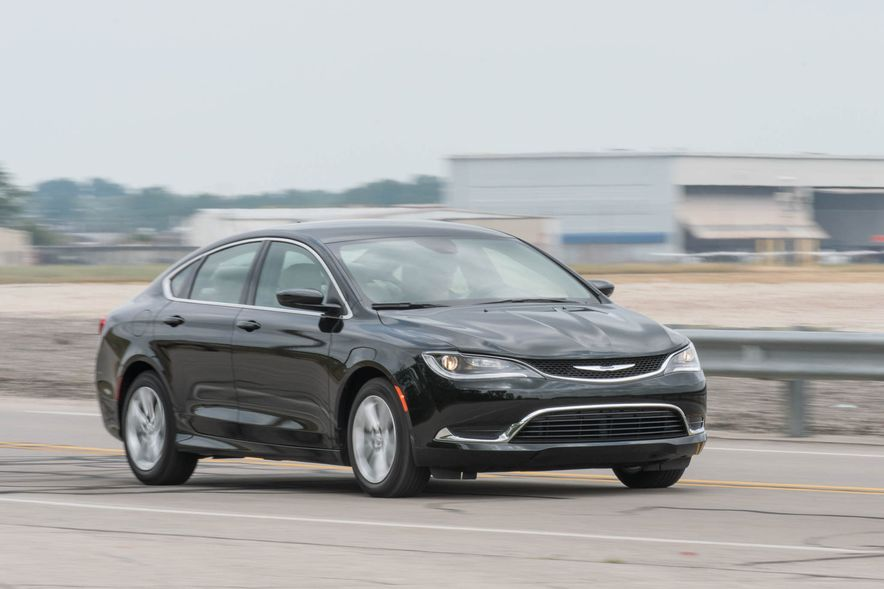 2016 Chrysler 200 - Slide 12