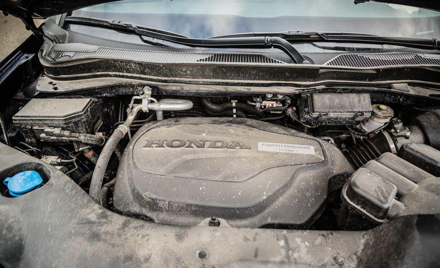 2016 Honda Pilot Elite AWD - Slide 27