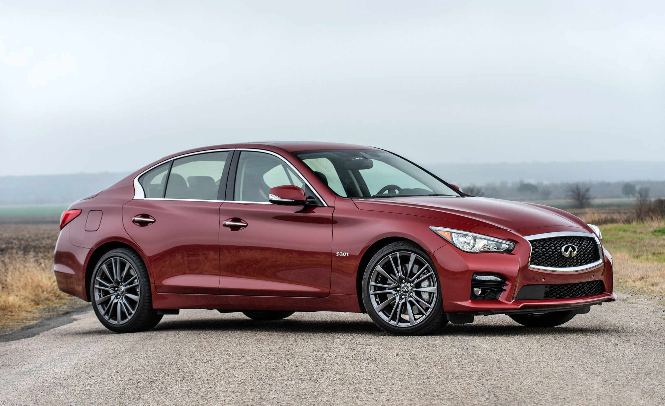 Infiniti Q50 Red Sport 400 Reviews | Infiniti Q50 Red Sport 400 Price,  Photos, And Specs | Car And Driver