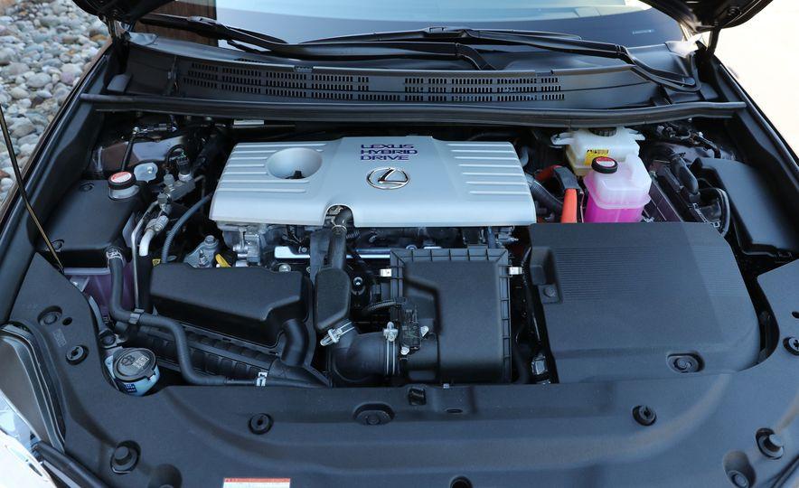 2016 Lexus CT200h - Slide 37