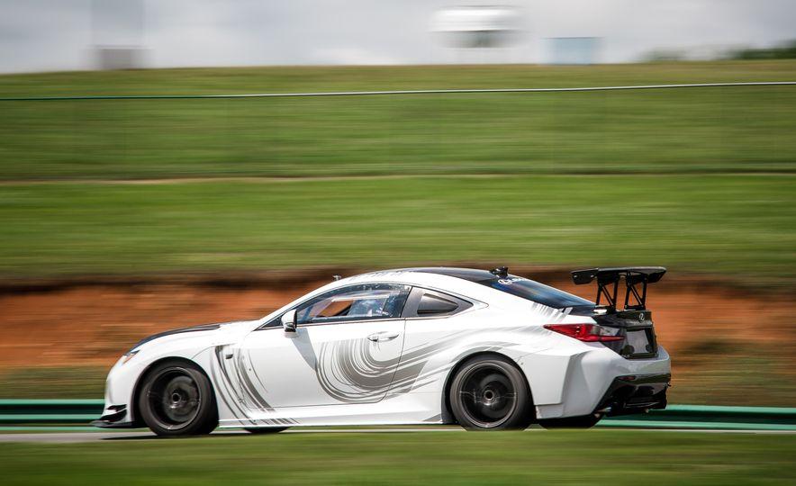 2016 Lexus RC F GT concept - Slide 6