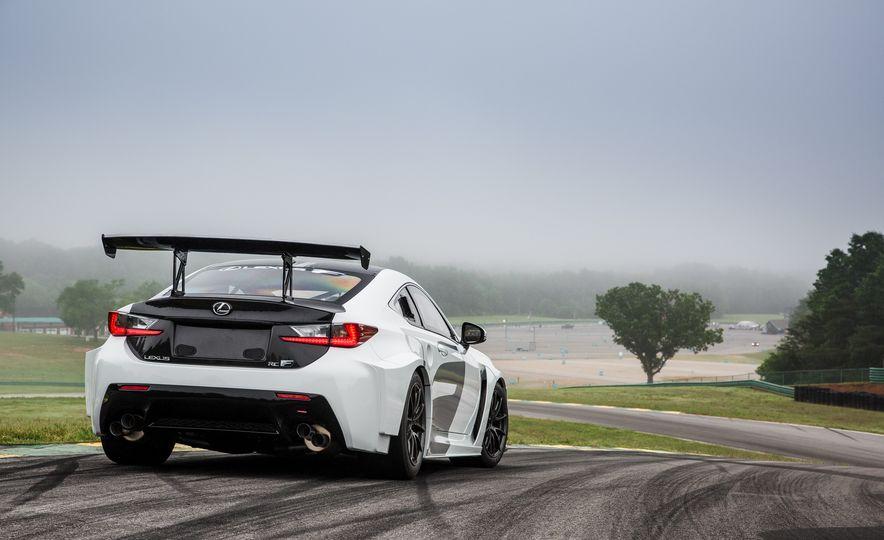 2016 Lexus RC F GT concept - Slide 17