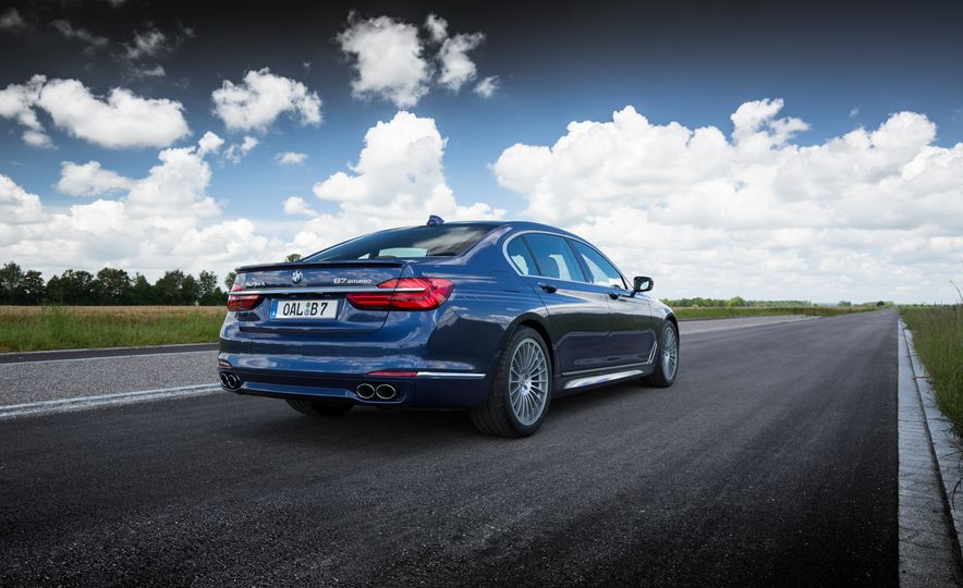 2017 BMW Alpina B7 - Slide 22