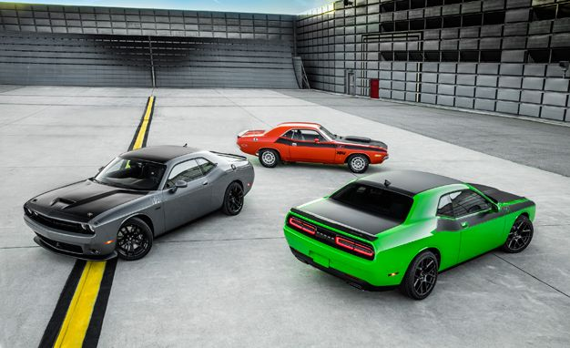 2017 Dodge Challenger T/A Is Extra Old-School Cool – News – Car and ...