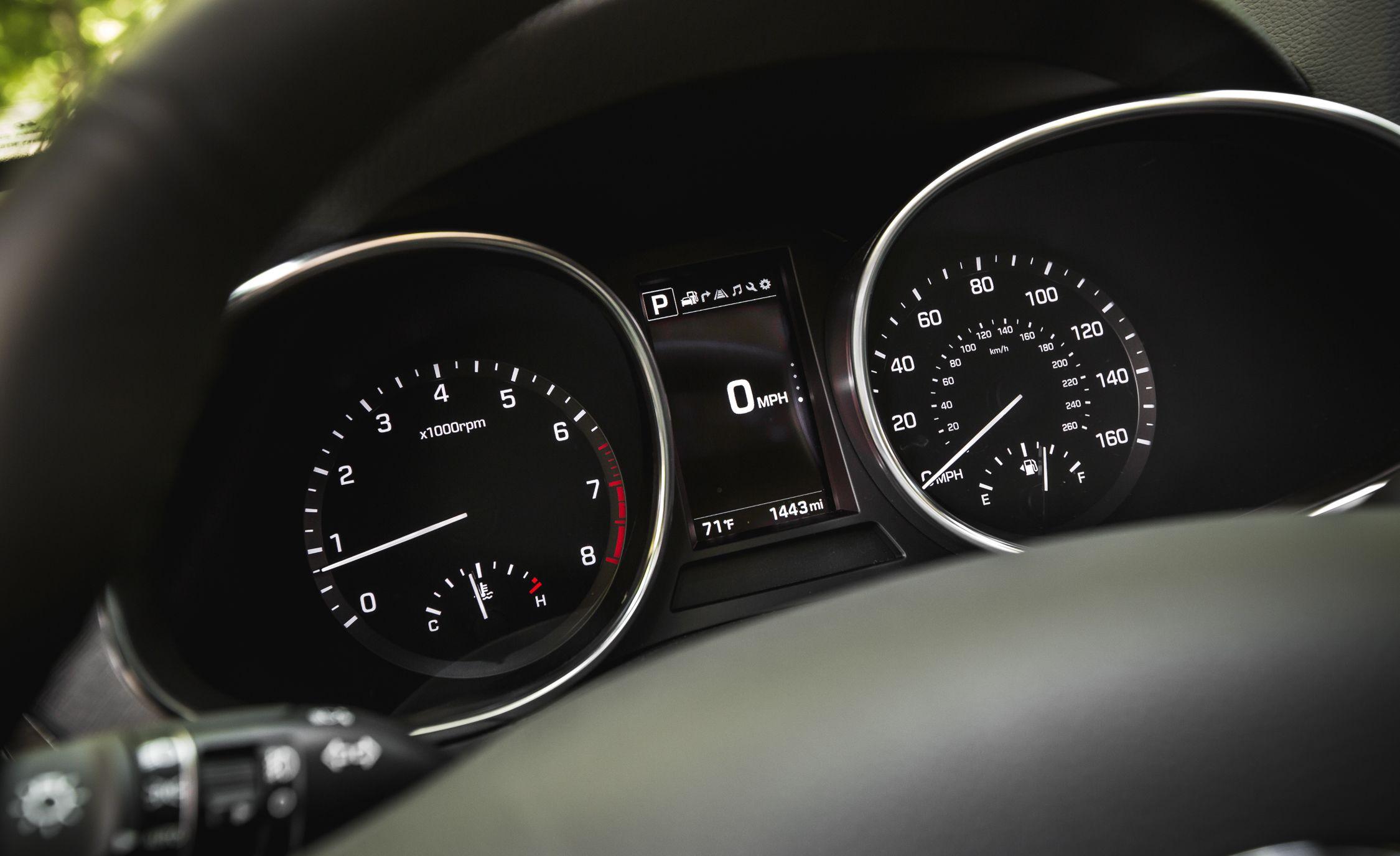 Hyundai Santa Fe Sport Reviews Price Toyota Rav4 Temp Gauge Wiring Photos And Specs Car Driver