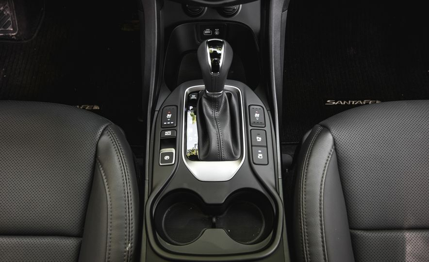 2017 Hyundai Santa Fe Sport - Slide 36