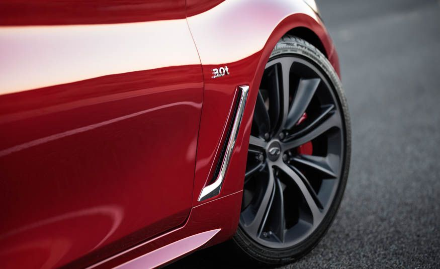 2017 Infiniti Q60S coupe - Slide 13