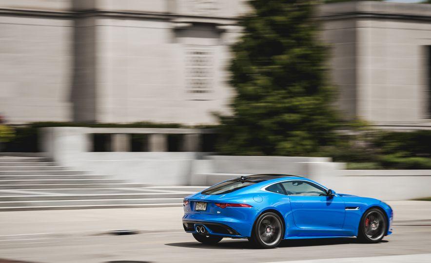 2017 Jaguar F-type S coupe - Slide 7