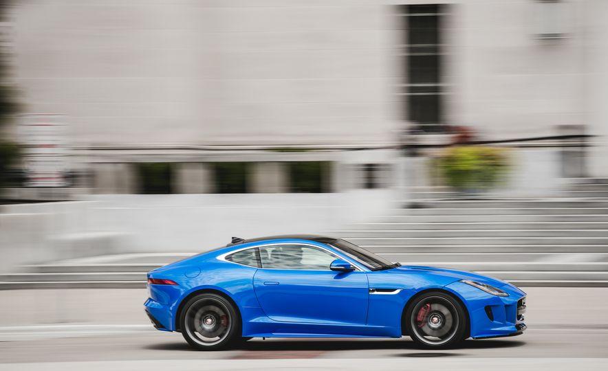 2017 Jaguar F-type S coupe - Slide 11