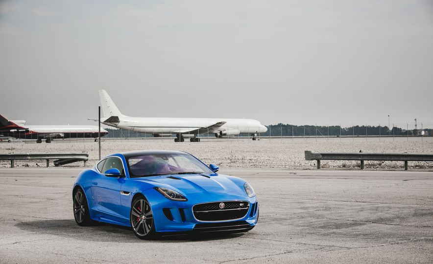 2017 Jaguar F-type S coupe - Slide 17
