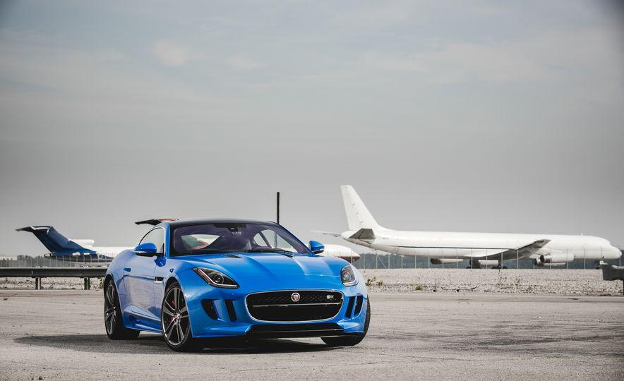 2017 Jaguar F-type S coupe - Slide 18