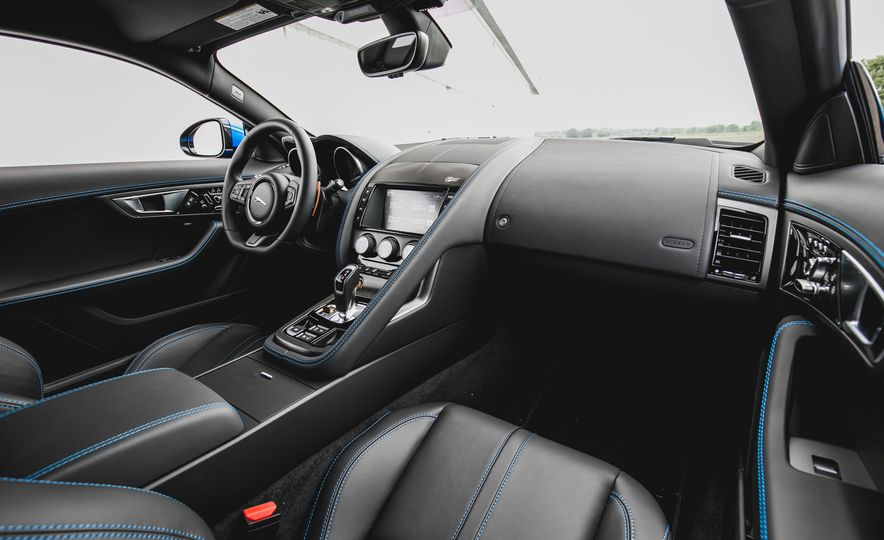 2017 Jaguar F-type S coupe - Slide 35